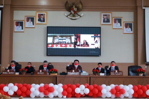 DPRD Minsel saat mendengarkan pidato kenegaraan