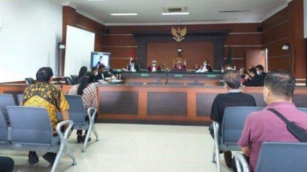 Sidang perkara korupsi pemecah Ombak di Pantai Desa Likupang II Minut. (foto:istimewa)