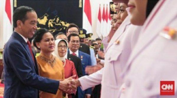 Pengukuhan anggota paskibraka (foto CNN Indonesia.